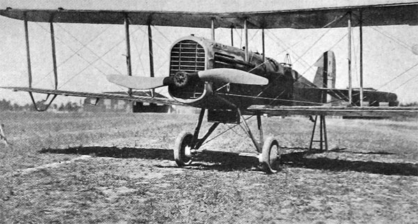 The De Haviland 9, Successor to the DH-4